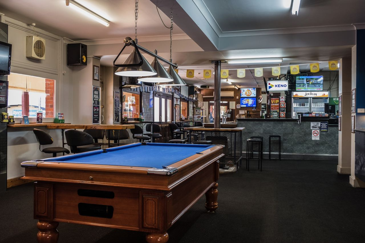 imperial-hotel-coonabarabran-NSW-pub-accommodation-sports-bar2